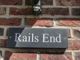 Rails End - Whitby & North Yorkshire - 1010075 - thumbnail photo 2