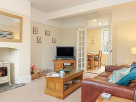 Lulworth Seafield - Dorset - 1010089 - thumbnail photo 2