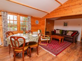 Log Cabin - Mid Wales - 1010290 - thumbnail photo 7