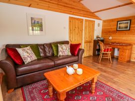Log Cabin - Mid Wales - 1010290 - thumbnail photo 4