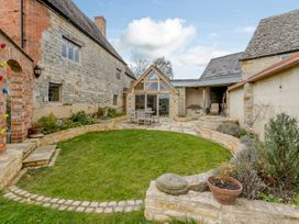 Manor Farm House - Cotswolds - 1010354 - thumbnail photo 55