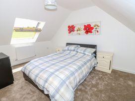 6 Yarmouth Cottages - Isle of Wight & Hampshire - 1010453 - thumbnail photo 12