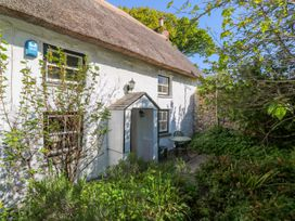 The Thatched Cottage - Cornwall - 1010677 - thumbnail photo 3