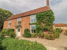 6 bedroom Cottage for rent in Lincoln