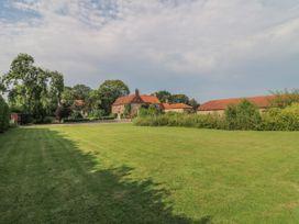 Hall Farm - Lincolnshire - 1011183 - thumbnail photo 42