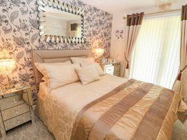 17 Valley Lodges - Cornwall - 1011221 - thumbnail photo 12
