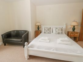 Goldfinch Cottage - Whitby & North Yorkshire - 1011371 - thumbnail photo 23