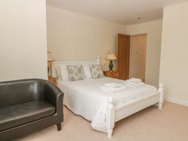Goldfinch Cottage - Whitby & North Yorkshire - 1011371 - thumbnail photo 24