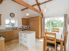 Golden Valley Barn - Cotswolds - 1011610 - thumbnail photo 10