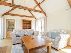 Golden Valley Barn - Cotswolds - 1011610 - thumbnail photo 9