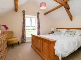 Golden Valley Barn - Cotswolds - 1011610 - thumbnail photo 21