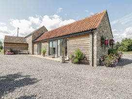 Golden Valley Barn - Cotswolds - 1011610 - thumbnail photo 1