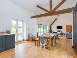 Carrog Barn - Anglesey - 1011631 - thumbnail photo 15