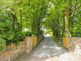 Carrog Barn - Anglesey - 1011631 - thumbnail photo 32