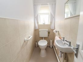Little Orme Bungalow - North Wales - 1011859 - thumbnail photo 20