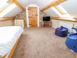 The Loft - North Wales - 1012209 - thumbnail photo 18