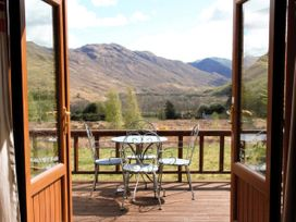 Rocky Mountain View Cottage - Scottish Highlands - 1012225 - thumbnail photo 2