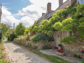 Fox Cottage - Dorset - 1012260 - thumbnail photo 2