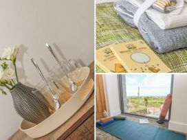 Seascape - Cornwall - 1012438 - thumbnail photo 20