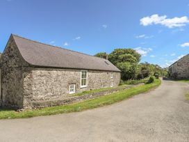 Old Parciau Cottage - Anglesey - 1012552 - thumbnail photo 1