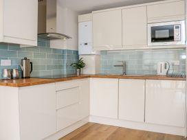 Thistledown Cottage - Kent & Sussex - 1012555 - thumbnail photo 12