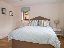 Thistledown Cottage - Kent & Sussex - 1012555 - thumbnail photo 19