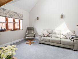 Thistledown Cottage - Kent & Sussex - 1012555 - thumbnail photo 6