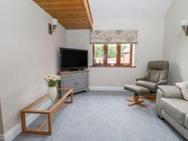 Thistledown Cottage - Kent & Sussex - 1012555 - thumbnail photo 7