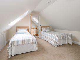 Thistledown Cottage - Kent & Sussex - 1012555 - thumbnail photo 24