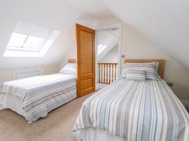 Thistledown Cottage - Kent & Sussex - 1012555 - thumbnail photo 25