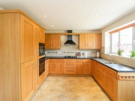 27 Wick Lane - Dorset - 1012793 - thumbnail photo 12