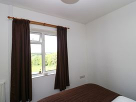 2 Hill View Bungalow - Dorset - 1012951 - thumbnail photo 8