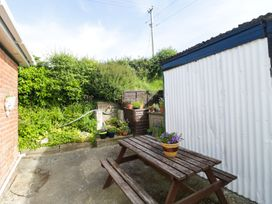 2 Hill View Bungalow - Dorset - 1012951 - thumbnail photo 18