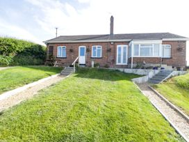 2 Hill View Bungalow - Dorset - 1012951 - thumbnail photo 23