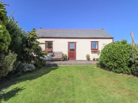 2 bedroom Cottage for rent in Camborne