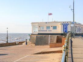 Sea Breeze Apartment No.7 - Norfolk - 1013320 - thumbnail photo 25