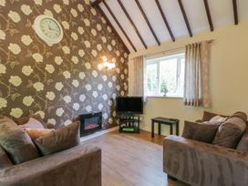 Lupin Cottage - Whitby & North Yorkshire - 1013432 - thumbnail photo 4