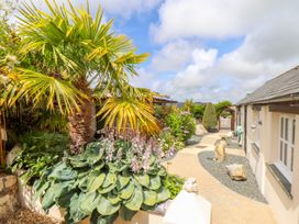 Meadowview Cottage - Cornwall - 1013484 - thumbnail photo 2