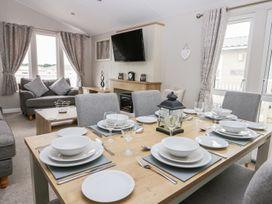 Cayton Pines - Whitby & North Yorkshire - 1013485 - thumbnail photo 6