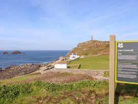 See Two Seas, Cape Cornwall - Cornwall - 1013628 - thumbnail photo 51
