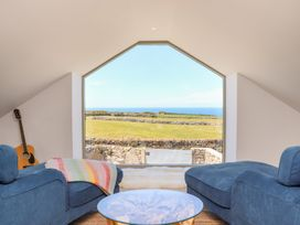 See Two Seas, Cape Cornwall - Cornwall - 1013628 - thumbnail photo 13