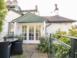 1 bedroom Cottage for rent in Barrows Green