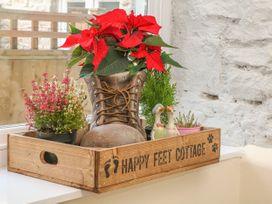 Happy Feet Cottage - Peak District - 1014031 - thumbnail photo 9