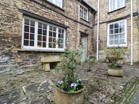 1 bedroom Cottage for rent in Burford