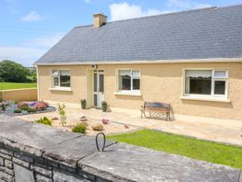Sea View Hideaway - County Clare - 1014300 - thumbnail photo 1
