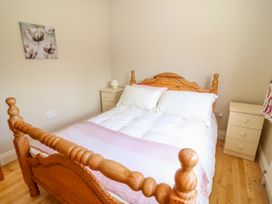 Sea View Hideaway - County Clare - 1014300 - thumbnail photo 17