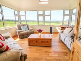 Sea View Hideaway - County Clare - 1014300 - thumbnail photo 10