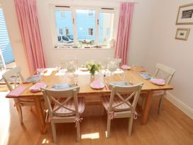 The Pink House - South Wales - 1014313 - thumbnail photo 6