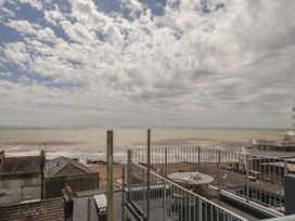 Sea Dreams - Kent & Sussex - 1014410 - thumbnail photo 18