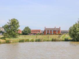 Kingfisher - Lincolnshire - 1014516 - thumbnail photo 22